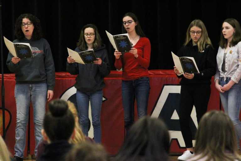 Students stand out at Literacy Day competition | News